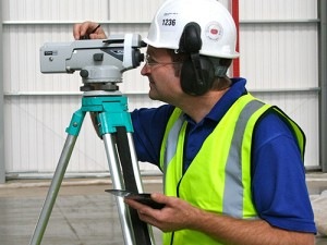 Face Engineer carrying out abrasion tests on site